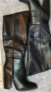 Black Knee High Boots size 8